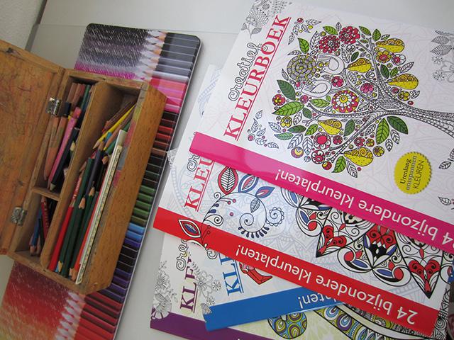 kleurboeken-voor-volwassenen-action