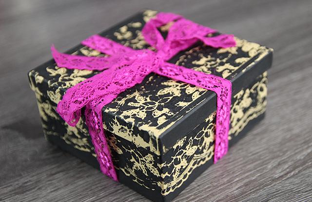 creatieve-manieren-om-cadeautjes-in-te-pakken
