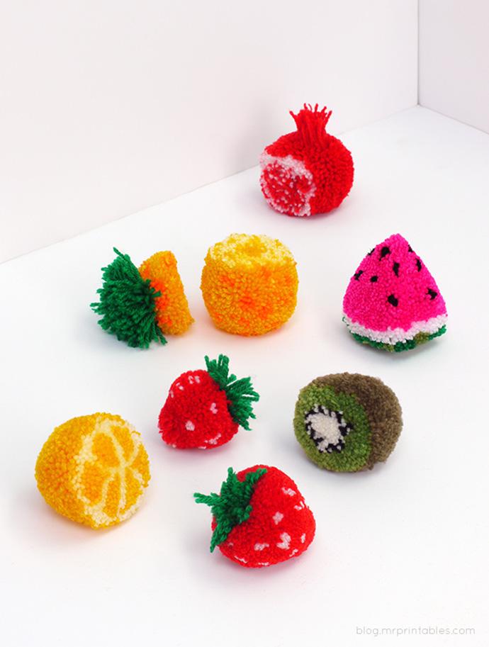 pom-pom-fruit-diy