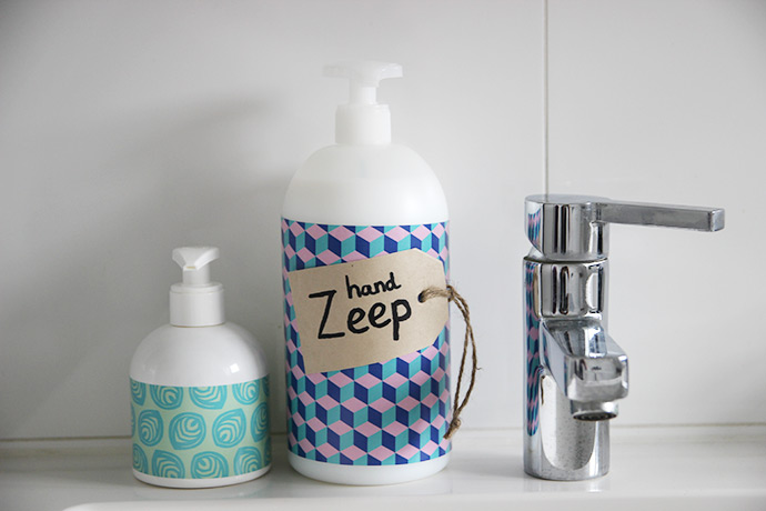 De badkamer decoreren! | Lisanne Leeft